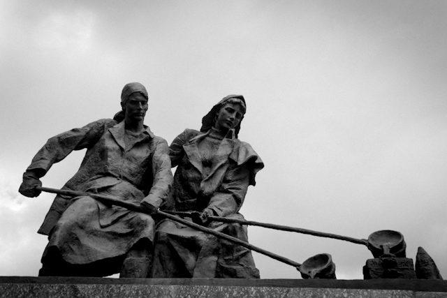 Rusia San Petersburgo Monumento Sitio Stalingrado Mujeres