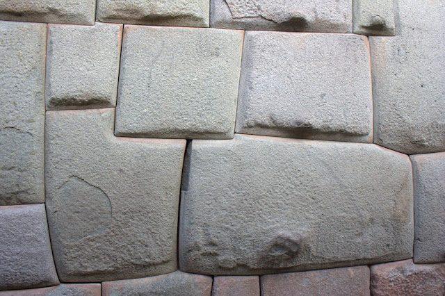Cuzco-RocaDoceAngulos