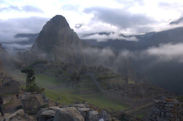 MachuPicchu-Niebla