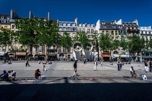 Paris Plaza Centro Pompidou