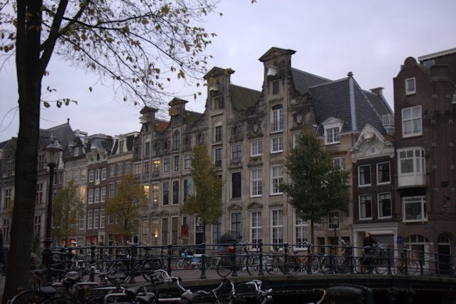 Amsterdam-CanalesEdificios