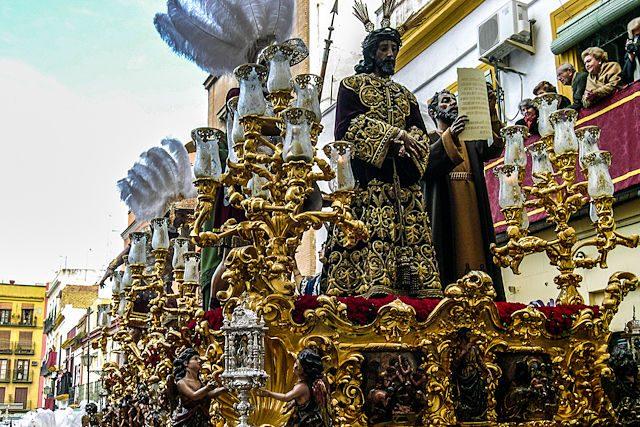 Sevilla Semana Santa Hermandad Macarena Jesus Sentencia Paso