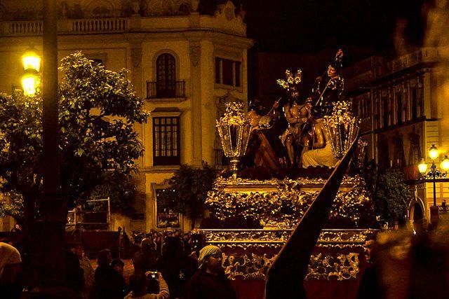 Sevilla Semana Santa Hermandad El Valle Coronacion Paso