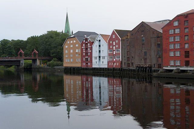 Trondheim-CasasMaderaPuente