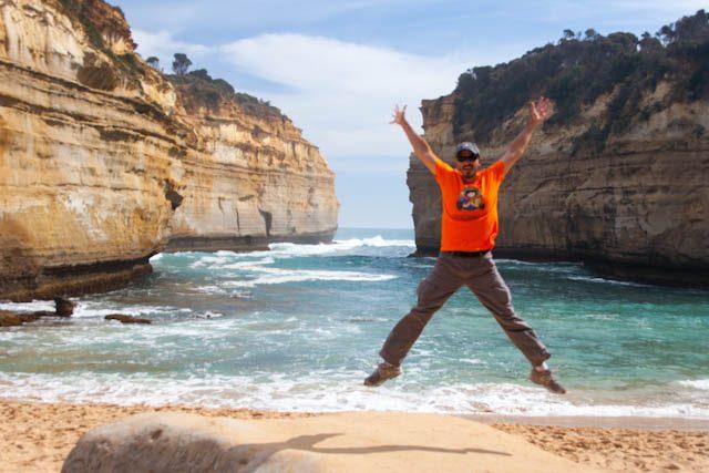 Australia-Great Ocean Road Loch Ard Gorge Salto