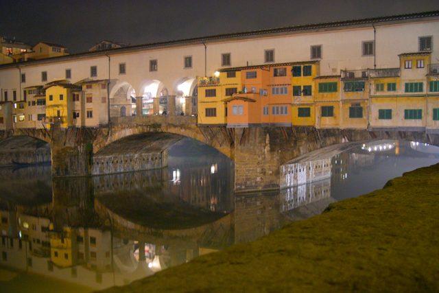 Florencia- Ponte Vecchio Joyerías Nocturna