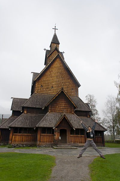 Noruega-Stavkirke Heddal Exterior Salto