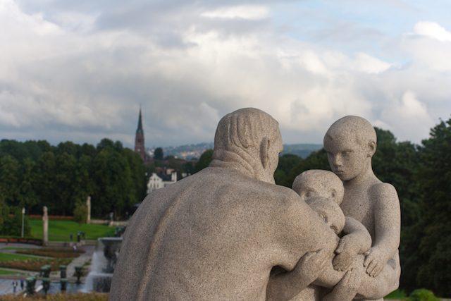 Noruega Oslo-Vigeland Park Padre Niños
