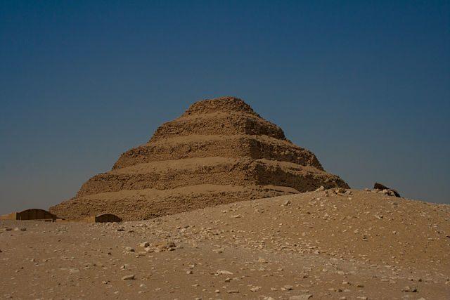 Sahara-Egipto Piramide Escalonada