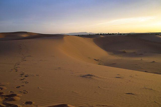 Sahara-Marruecos Merzouga Puesta Sol
