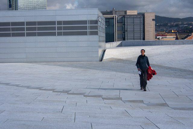 Noruega Oslo Operaen Exterior Subiendo