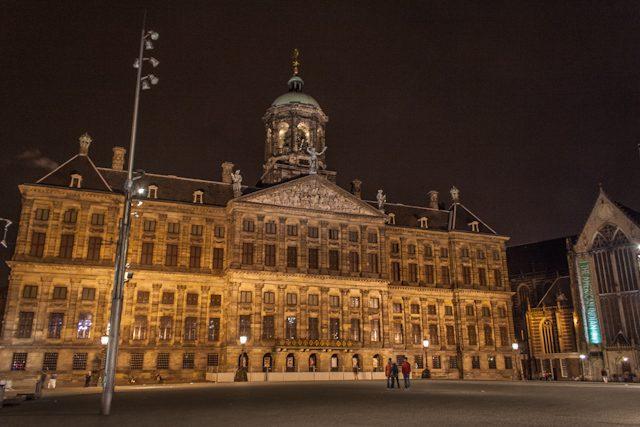 Amsterdam Dam Square Nocturna