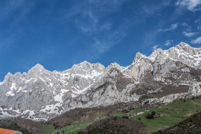 Picos de Europa Vista La Casona de Baro