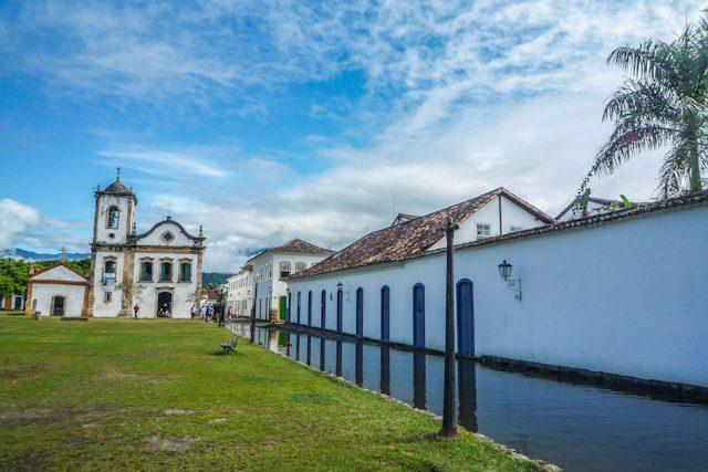 Paraty Iglesia Igreja Santa Rita Calle Rua Inundada