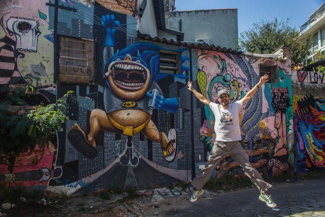 Sao Paulo Beco Batman Graffiti Salto