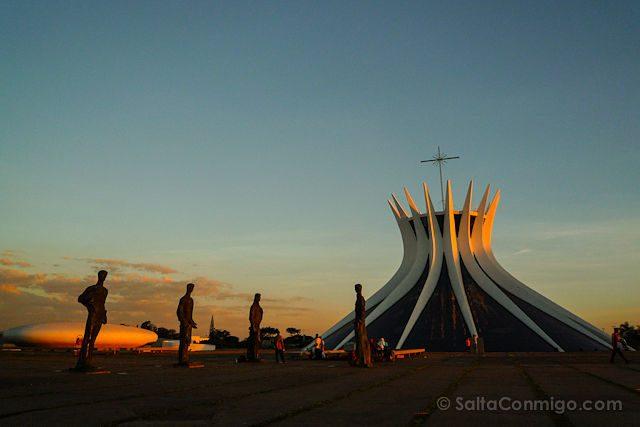 Brasilia Catedral Puesta de Sol