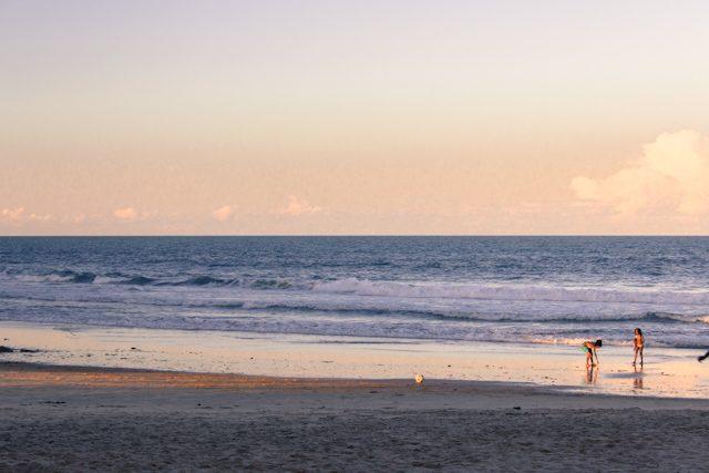 Itacare Puesta Sol Niños Playa