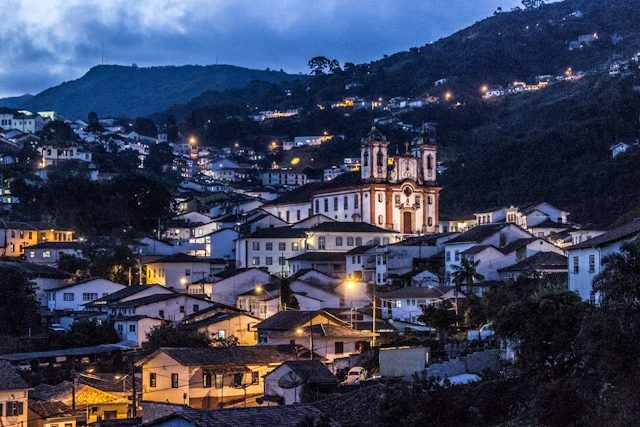 Minas Gerais Ouro Preto Casas Cuestas Iglesia Nocturna