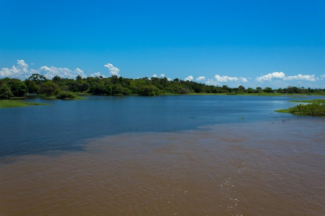 Río Amazonas Encuentro de las aguas econtro das aguas Santarém