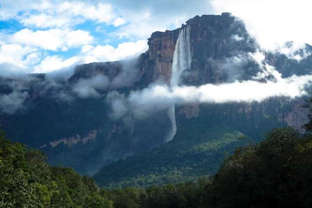 Salto Angel Venezuela Cascada Desde Rio Salto Nube