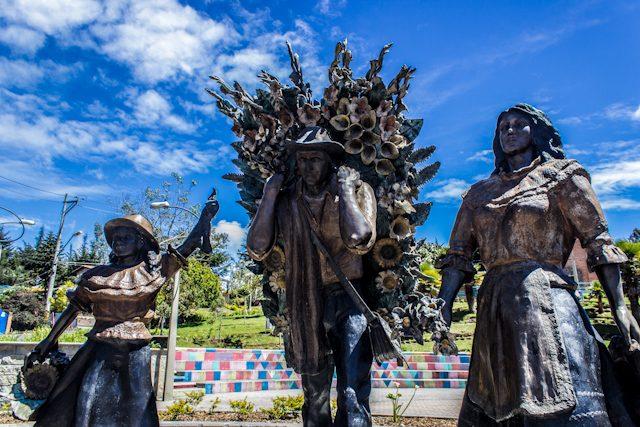 Medellin Santa Elena Monumento Silleteros