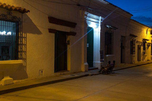 Mompos Mecedoras Calle Noche