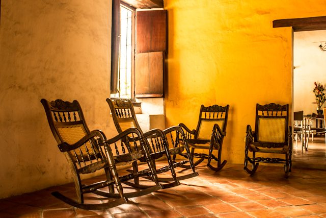 Mompos Mecedoras La Casa Amarilla