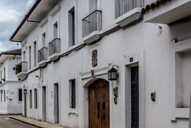 Popayan Calle Fachada Blanca