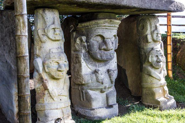 San Agustin Parque Arqueologico Mesita Funebre