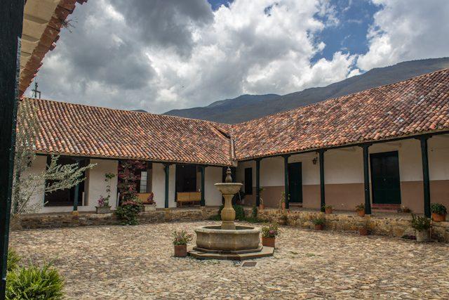 Villa De Leyva Patio Colonial Fuente
