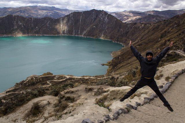 Quilotoa Volcan Laguna Salto