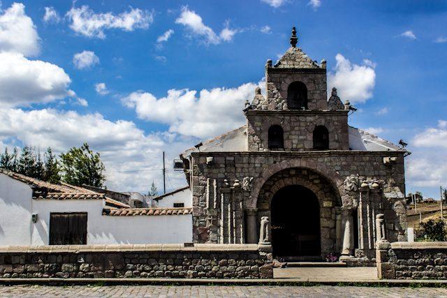 Riobamba Colta Tren Ecuador Iglesia Balbanera Sendero de los Ancestros