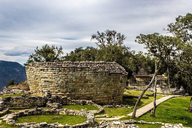 Chachapoyas Fortaleza Kuelap Tintero Templo