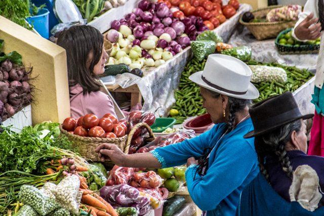 Cuenca Gualaceo Mercado Chola Cuencana Compradora