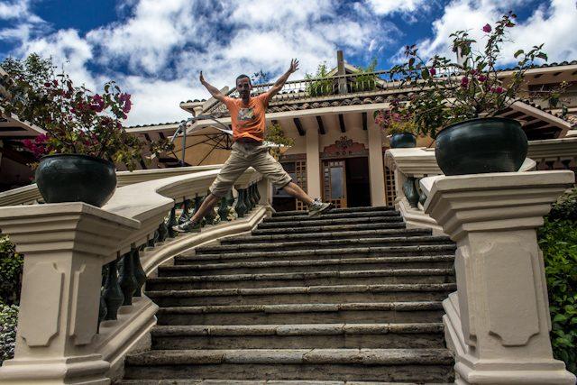 Cuenca Hacienda Uzhupud Escalera Salto