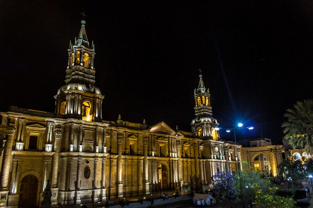 Arequipa Plaza Armas Catedral Nocturna