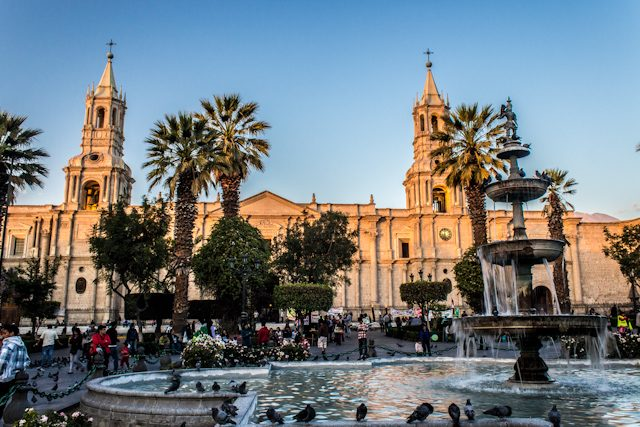 Arequipa Plaza Armas Catedral