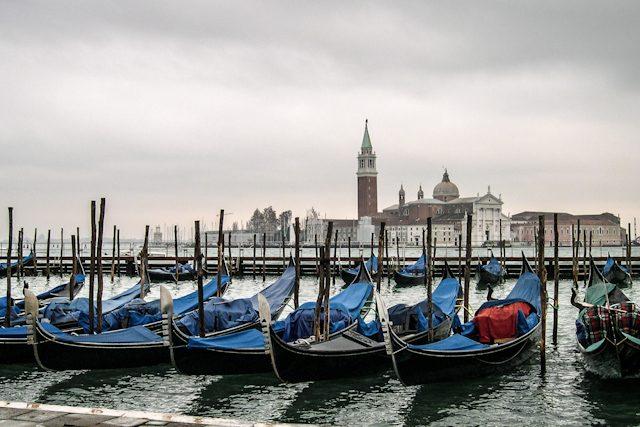 Italia Veneto Venecia Canales Gondolas