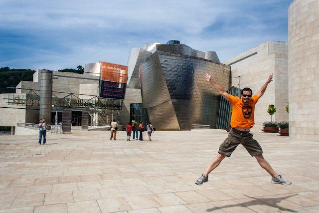 Bilbao Guggenheim Entrada Salto