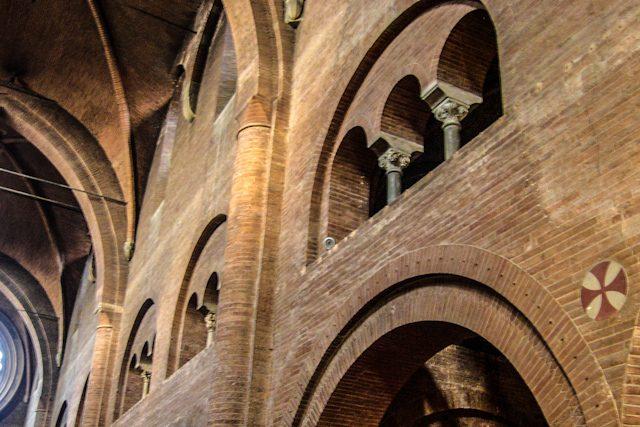 Italia Modena Duomo Interior