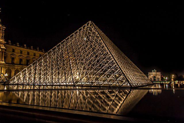 Arquitectura Contemporanea Paris Ieoh Ming Pei Louvre