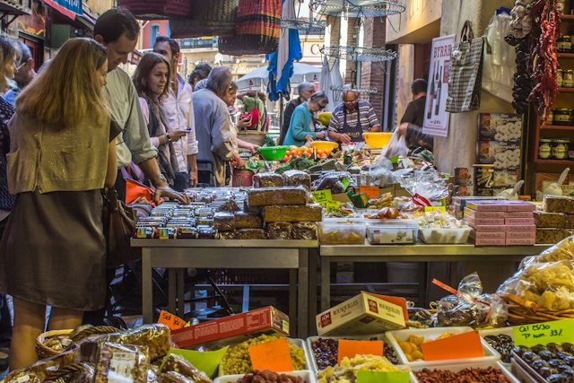 Perpignan Calles Centro Mercados