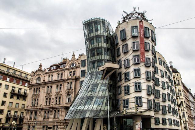 Praga alternativa Casa Danzante Gehry