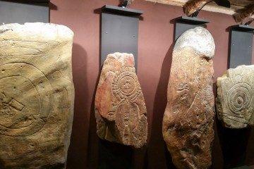 Extremadura Torrejon Rubio Arte Rupestre Piedras Estela