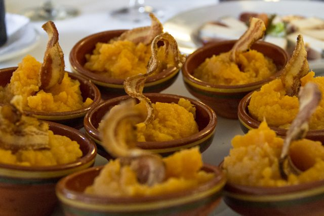 Sierra Gredos Gastronomia Patatas Revolconas Restaurante Parador