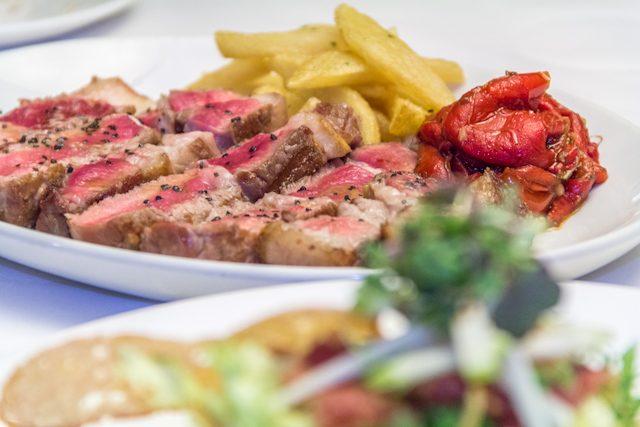 Sierra de Gredos Gastronomia Ternera Avila Restaurante Mira de Gredos