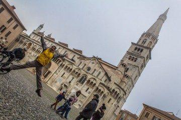 Italia Modena Duomo Plaza Piazza Grande Salto