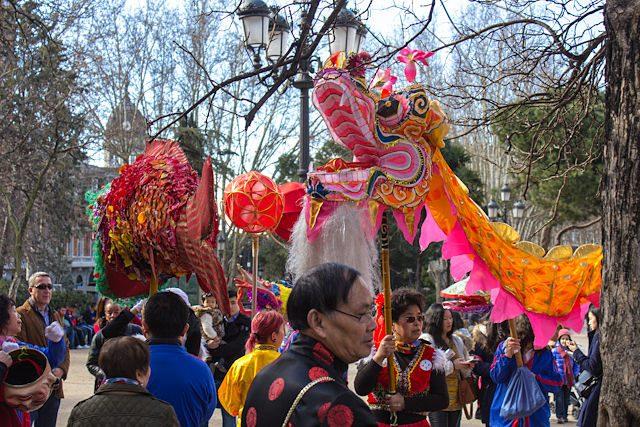 Madrid Plaza Espana Dragones Chinos