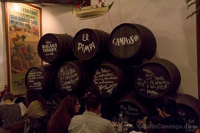 Restaurantes Malaga El Pimpi Toneles Barricas