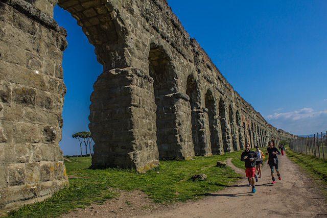 Roma Parque de los acueductos corredores